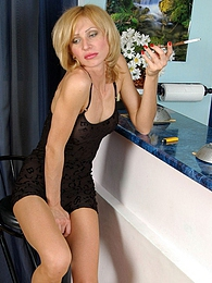 Awesome babe smoking before savoring every tender touch on her nyloned pink pictures at dailyadult.info
