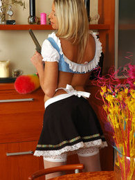 Upskirt maid in lacy nylons doing all her chores before pleasing her pussy pictures