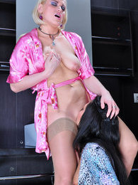 Curvy blondie in sheer tan nylons gets licked by her hot lesbian girlfriend pictures at kilogirls.com