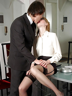 Free Office Pics and Free Office Sex Movies