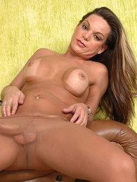 Steamy shemale revealing her hot nature while posing in her silky pantyhose pictures at kilopics.com