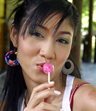 Yoko Hasegawa pictures at kilotop.com