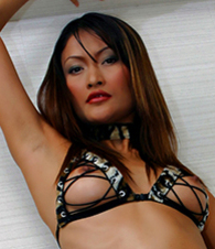 Aum pictures at lingerie-mania.com