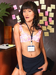 Bella Yong pictures at lingerie-mania.com