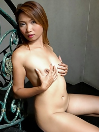Electra loves to tease with her flawless body pictures at sgirls.net