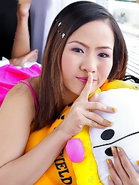 Seductive and cute Asian babe Emily Hook pictures at sgirls.net