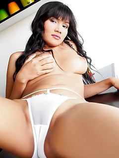 Free Asian Sex Pictures and Free Asian Porn Movies