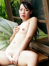 Tuk Mayuri spreads her tasty looking pussy lips pictures at find-best-lingerie.com