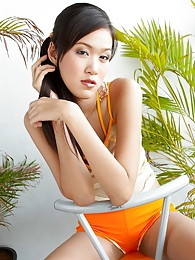 Asian model Irene Fah is such a cutie pictures at freekiloclips.com