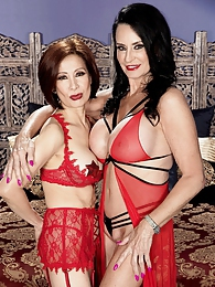 Dream three-way with Rita Daniels and Kim Anh pictures at lingerie-mania.com