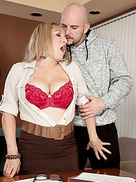 Luna Azul, horny teacher pictures at kilogirls.com