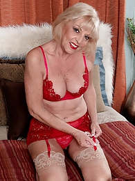 A Creampie For Grandma pictures at lingerie-mania.com