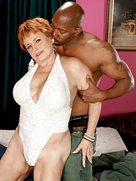 Valerie Gets What She Came For And Cums For What She Gets pictures at dailyadult.info
