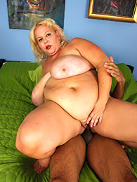Big belly white girl loves BBC pictures