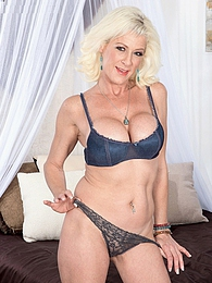 Show and tell with Madison Paige pictures at lingerie-mania.com