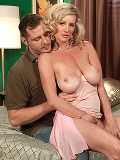 Free Mature Sex Pictures and Free Mature Porn Movies