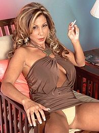 Smokin Hot pictures at kilogirls.com