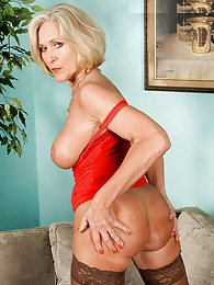 Super-sexy Southern Belle pictures at dailyadult.info