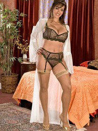Persia Monir pictures at sgirls.net