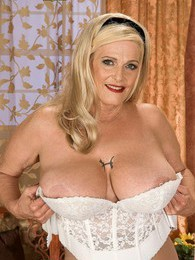 Rose Marie pictures at lingerie-mania.com