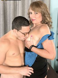 Catrina Fucks Her Best Friends Son pictures at lingerie-mania.com