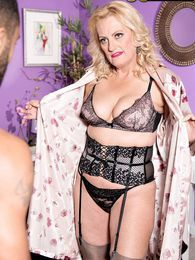 For Starters, A Bbc And A Creampie pictures at lingerie-mania.com
