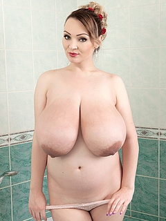 Free Incredible Tits Pictures