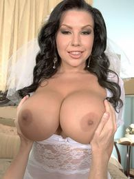 Tonights Bride pictures at lingerie-mania.com