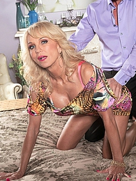 Milf Of The Month pictures at freekilomovies.com