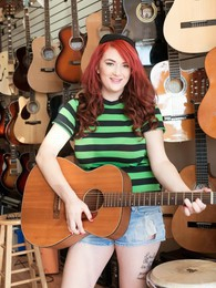 Guitar Heroine In Miami pictures