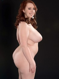 Anatomy Of A Voluptuous Girl pictures