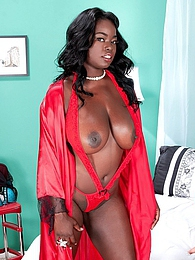 Call 36ff-heaven pictures at find-best-mature.com