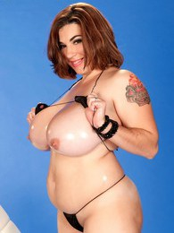 Knockout Knockers pictures at kilosex.com