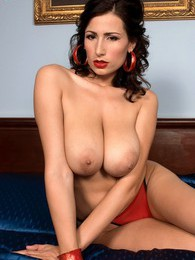 Bucharest Boobs pictures at find-best-lesbians.com