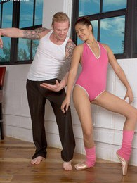 Dirty Dancing pictures at kilogirls.com