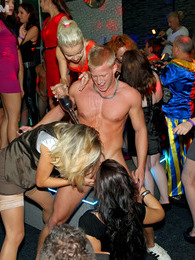 Wild party sluts drink and suck lots of strangers cocks pictures at find-best-hardcore.com
