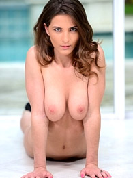 Big breasts brunette nude outdoors pictures at kilosex.com