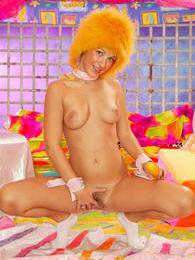 Young hairy pussy pictures at freekilopics.com