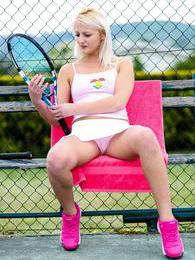 She is the star of the tennis court and is not shy either! pictures