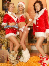 Josje, Natascha & Sandy lesbian Christmas action fun time pictures