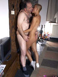 Horny old fellow penetrates a much younger teenage chick pictures at adspics.com