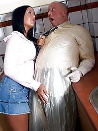 Hot and willing teenage sweetie screwing the horny doctor pictures at kilogirls.com