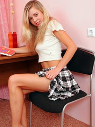 An attractive teenage blonde caresses her wet bald cooch pictures at dailyadult.info