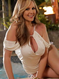 Milf pornstar in a beautiful dress pictures at kilosex.com