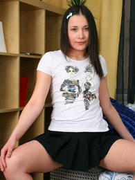 Naked teenage sweetie masturbates with a toy on the couch pictures at dailyadult.info