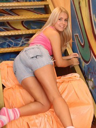 Very cute blonde teenager is using her vibrator on her clit pictures at lingerie-mania.com
