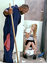 Black guy with a big stiff cock banging a teenage blonde pictures at freekilomovies.com