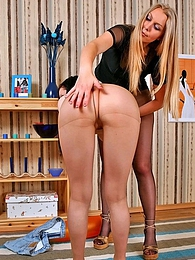 Sweltering brunette craving for hot spanking and muff-diving through nylon pictures at kilopills.com