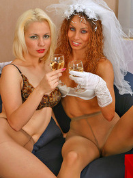 Salacious bride spreading her pantyhosed legs to enjoy frenetic muffdiving pictures