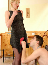 Voluptuous chick with strap-on gitting a nut while cramming guy's asshole pictures